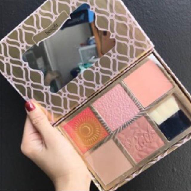 Bảng má hồng Benefit Blush Bar 20182