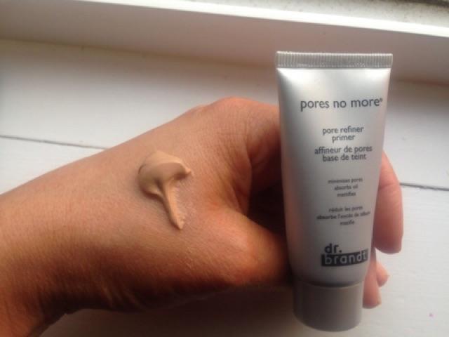 Kem lót kiềm dầu, làm mờ lỗ chân lông Dr Brandt Pores No More Primer1
